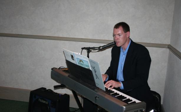 piano singing